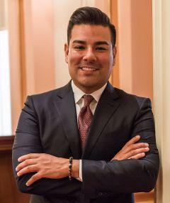 Senator_Ricardo_Lara_2016